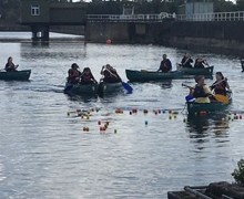 Yr 9 canoe 1